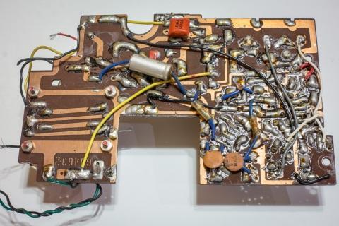 Toshiba 8TL-463S Circuit board back